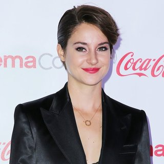 Shailene Woodley in CinemaCon 2014 Presents The Big Screen Achievement Awards