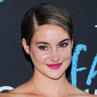 Premiere of The Fault in Our Stars - shailene-woodley-premiere-the-fault-in-our-stars-02