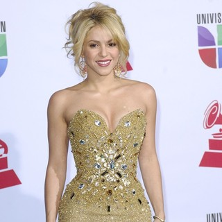 Shakira in The 12th Annual Latin GRAMMY Awards - Arrivals
