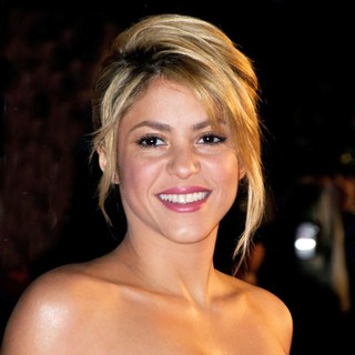 Shakira in NRJ Music Awards 2012 - Arrivals