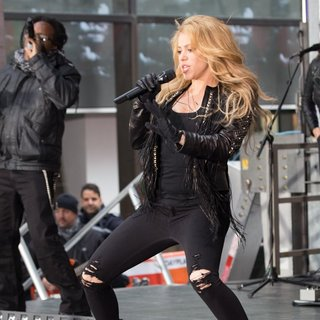 Shakira - Shakira Performing Live on The Today Show as Part of NBC's Toyota Concert Series