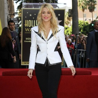 Shakira in Shakira Is Honoured with A Star on The Hollywood Walk of Fame