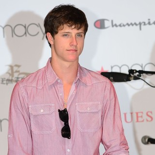 Shane Harper in Shane Harper Performing at Macy's Annual Summer Blowout Show