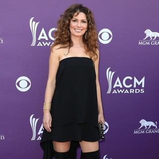 Shania Twain in 48th Annual ACM Awards - Arrivals