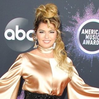 Shania Twain in American Music Awards 2019 - Arrivals