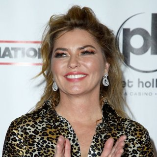 Shania Twain in The Grand Opening of Shania Twain Let's Go! - Red Carpet