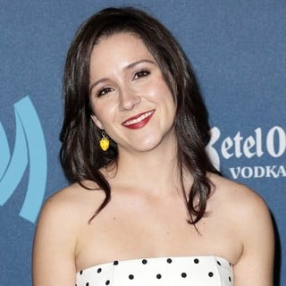 Shannon Woodward in 24th Annual GLAAD Media Awards - Arrivals
