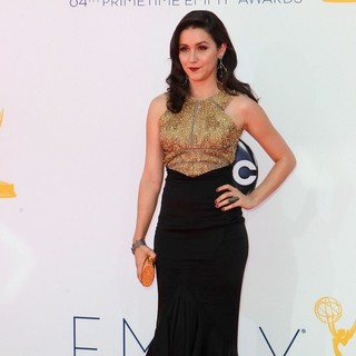 Shannon Woodward in 64th Annual Primetime Emmy Awards - Arrivals