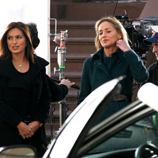 Mariska Hargitay, Sharon Stone in On the set of 'Law and Order: Special Victims Unit'