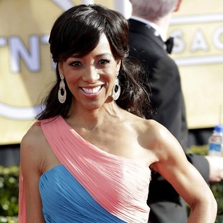 Shaun Robinson in 19th Annual Screen Actors Guild Awards - Arrivals