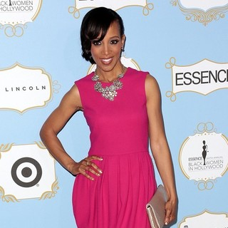 Shaun Robinson in 6th Annual Essence Black Women in Hollywood Luncheon