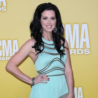 Shawna Thompson, Thompson Square in 46th Annual CMA Awards