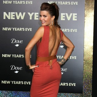 Shea Curry in Los Angeles Premiere of New Year's Eve
