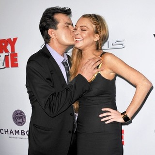 Charlie Sheen, Lindsay Lohan in Los Angeles Premiere of Scary Movie 5