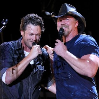 Trace Adkins - The Final Night of The 2011 CMA Music Festival Nightly Concerts