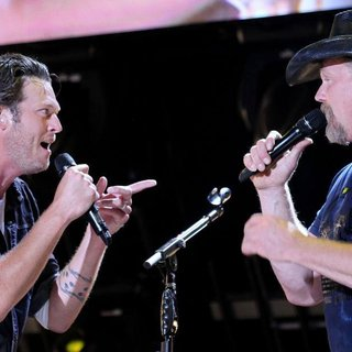 Blake Shelton, Trace Adkins in The Final Night of The 2011 CMA Music Festival Nightly Concerts