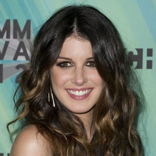 Shenae Grimes in 2012 MuchMusic Video Awards - Press Room