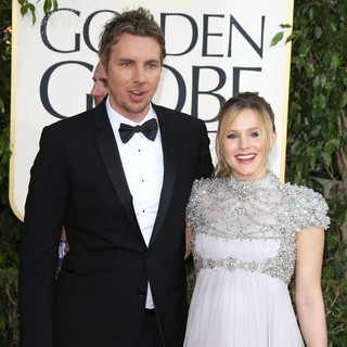 Kristen Bell in 70th Annual Golden Globe Awards - Arrivals - shepard-bell-70th-annual-golden-globe-awards-02