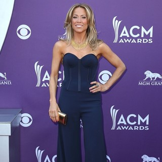 Sheryl Crow in 48th Annual ACM Awards - Arrivals