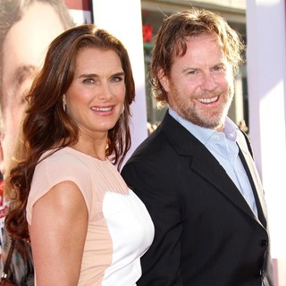 Brooke Shields, Chris Henchy in Los Angeles Premiere of The Campaign - Arrivals