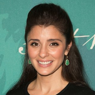 Shiri Appleby in Variety's 2014 Power of Women Luncheon Presented by Lifetime - Arrivals - shiri-appleby-variety-s-2014-power-of-women-01