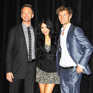 Neil Patrick Harris, Vanessa Hudgens, Alex Pettyfer in ShoWest 2010 - CBS Films introduces upcoming films