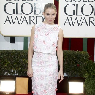 Sienna Miller in 70th Annual Golden Globe Awards - Arrivals