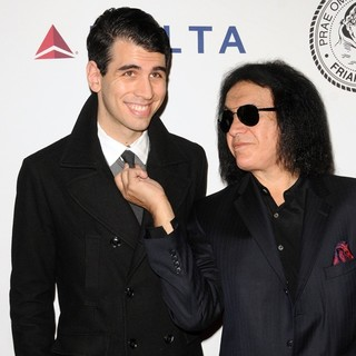 Nick Simmons, Gene Simmons in The Friars Club Roast of Jack Black