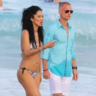 Kimora Lee Simmons, Tim Leissner in Kimora Lee Simmons Enjoy A Christmas Break