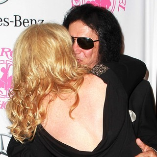 Shannon Tweed, Gene Simmons in 26th Anniversary Carousel of Hope Ball - Presented by Mercedes-Benz - Arrivals