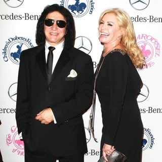Gene Simmons, Shannon Tweed in 26th Anniversary Carousel of Hope Ball - Presented by Mercedes-Benz - Arrivals