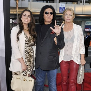 Sophie Simmons, Gene Simmons, Shannon Tweed in The Los Angeles Premiere Ted - Arrivals