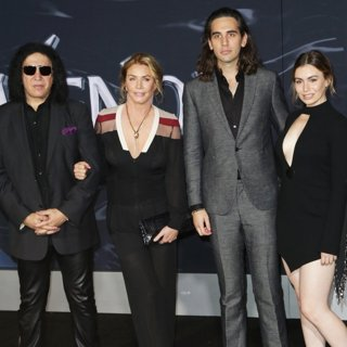 Gene Simmons, Shannon Tweed, Nick Simmons, Sophie Simmons in The World Premiere of Venom