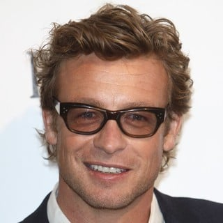 Simon Baker in 27th Annual Independent Spirit Awards - Arrivals