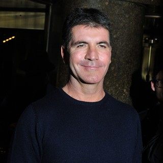 Simon Cowell - Simon Cowell Outside NBC Studios for An Appearance on Late Night with Jimmy Fallon