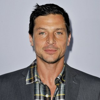 Simon Rex in Los Angeles Premiere of Scary Movie 5