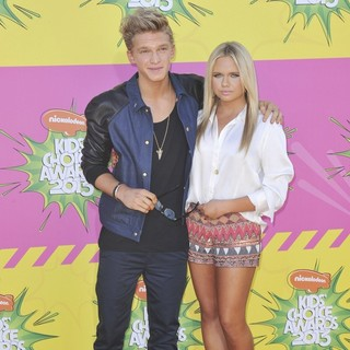 Cody Simpson, Alli Simpson in Nickelodeon's 26th Annual Kids' Choice Awards - Arrivals