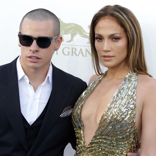 Casper Smart, Jennifer Lopez in 2013 Billboard Music Awards - Arrivals