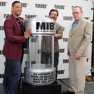 Will Smith, Tommy Lee Jones, Josh Brolin in Men in Black 3 Photocall