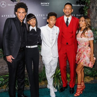 Trey Smith, Willow Smith, Jaden Smith, Will Smith, Jada Pinkett Smith in New York Premiere of After Earth