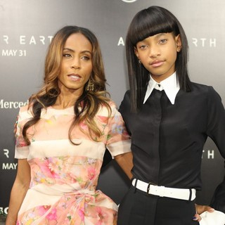 Jada Pinkett Smith, Willow Smith in New York Premiere of After Earth
