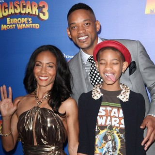 Jada Pinkett Smith, Will Smith, Willow Smith in New York Premiere of Dreamworks Animation's Madagascar 3: Europe's Most Wanted