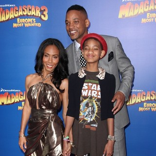 Willow Smith in New York Premiere of Dreamworks Animation's Madagascar 3: Europe's Most Wanted - smith-premiere-madagascar-3-europe-s-most-wanted-03