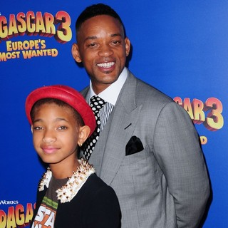 Willow Smith in New York Premiere of Dreamworks Animation's Madagascar 3: Europe's Most Wanted - smith-premiere-madagascar-3-europe-s-most-wanted-05