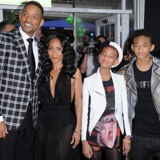 Will Smith, Jada Pinkett Smith, Willow Smith, Jaden Smith in Men in Black 3 New York Premiere - Arrivals
