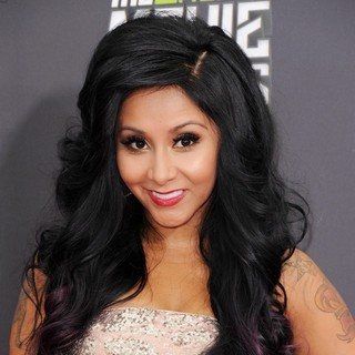 Snooki in 2013 MTV Movie Awards - Arrivals - snooki-2013-mtv-movie-awards-04