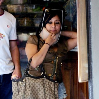 Snooki in Snooki After Getting a Car Accident with a Florence Police Vehicle