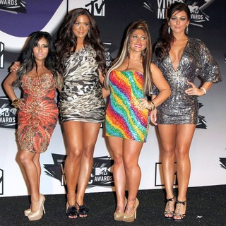 Snooki, Sammi Giancola, Deena Nicole, JWoww in 2011 MTV Video Music Awards - Press Room
