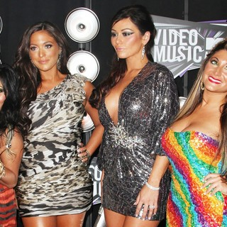 Snooki, Sammi Giancola, JWoww, Deena Nicole in 2011 MTV Video Music Awards - Arrivals