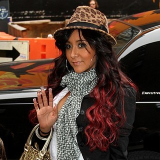 Snooki in The Late Show with David Letterman - Arrivals and Departures